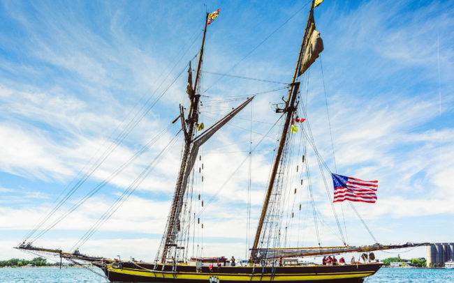 Pride of Baltimore without its sails